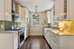 New Orleans Transitional Kitchen -  MLM Incorporated