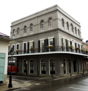 Image of a historic building in the French Quarter of New Orleans, LA where MLM Incorporated is located.